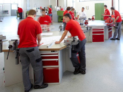 Elmet Elastomere - Top training center for external apprentices in Oftering (Upper Austria - Linz)-preview