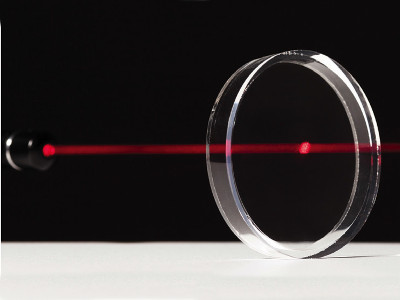 Elmet Elastomere-News-2015-Pioneer for optical applications